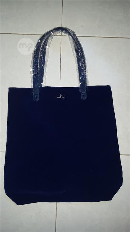 db4fcd8461 NEW Swarovski Limited Edition Blue Velvet Tote Bag   Maltapark